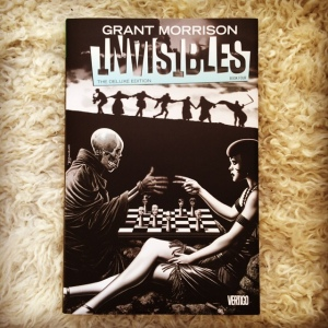Grant Morrison, Chris Weston, Philip Bond, Warren Pleece, Sean Phillips, Frank Quitely, et al The Invisibles The Deluxe Edition, Book Four (1998-2000)
