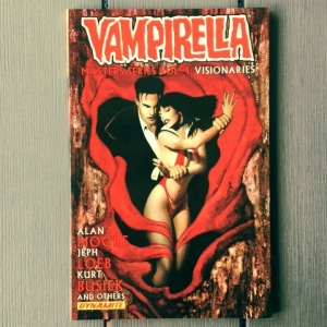 30moore_vampirella